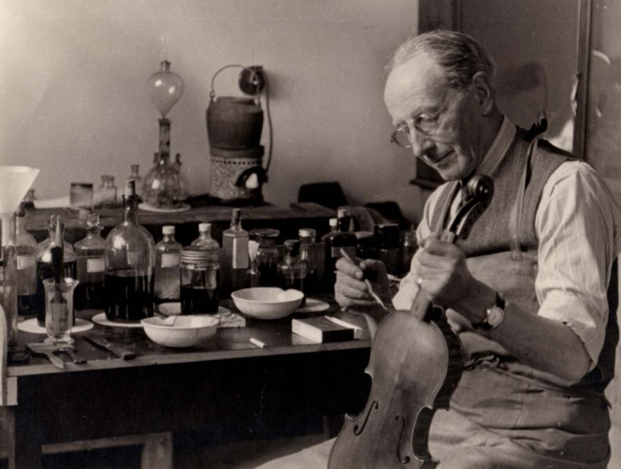 Albert 'Bertie' Phillips Hill, c.1947