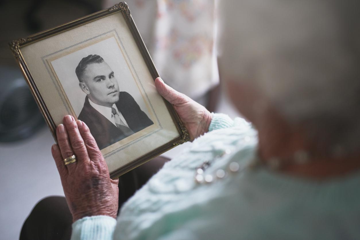Obituaries & Notices - Condolences