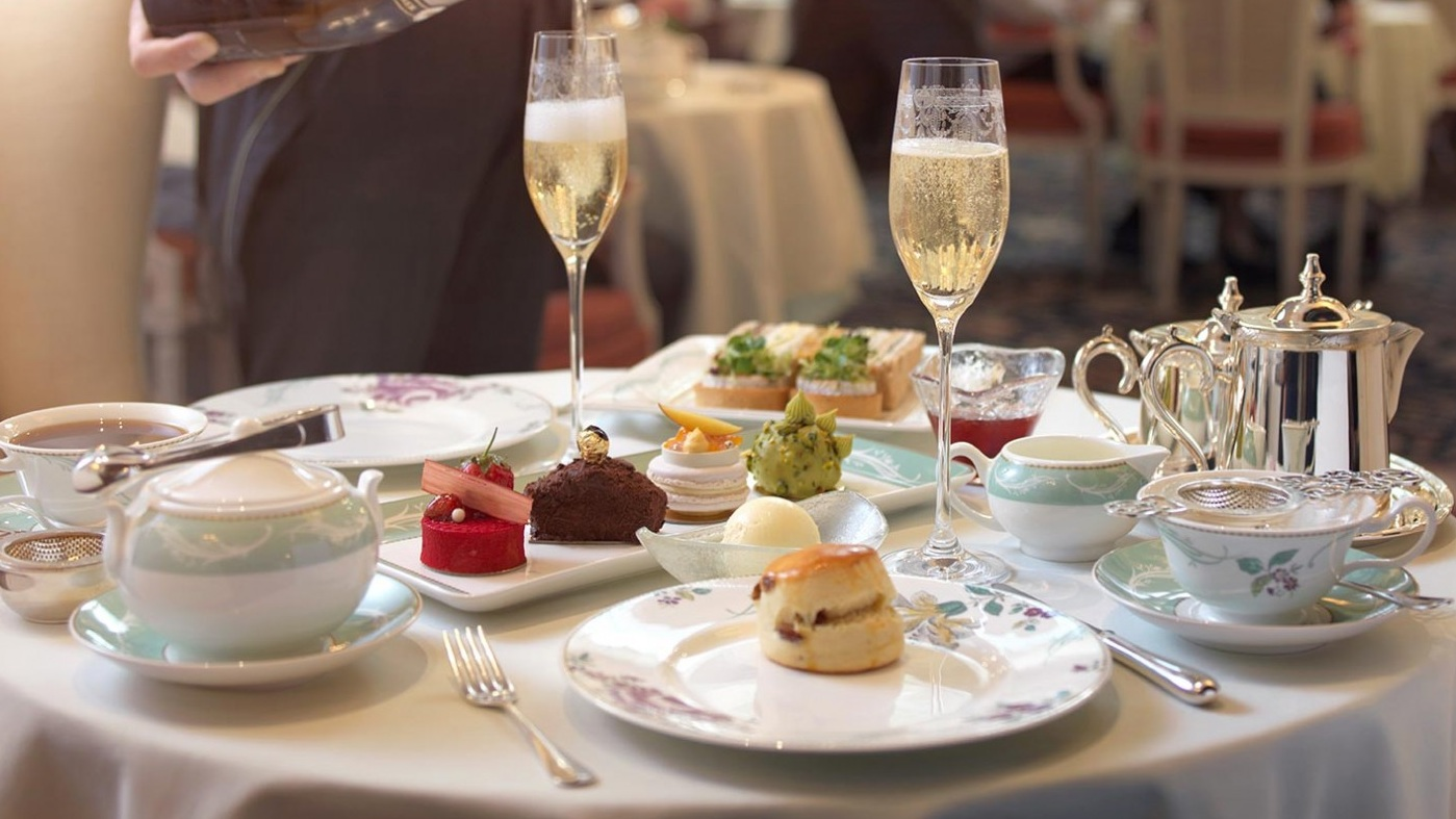 Afternoon Tea Etiquette