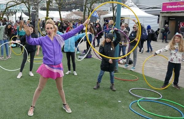 aaTO2-hula-hoop-for-festival2.jpg