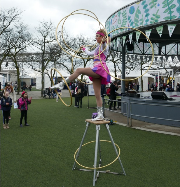 hula-hoop-for-festival2.jpg