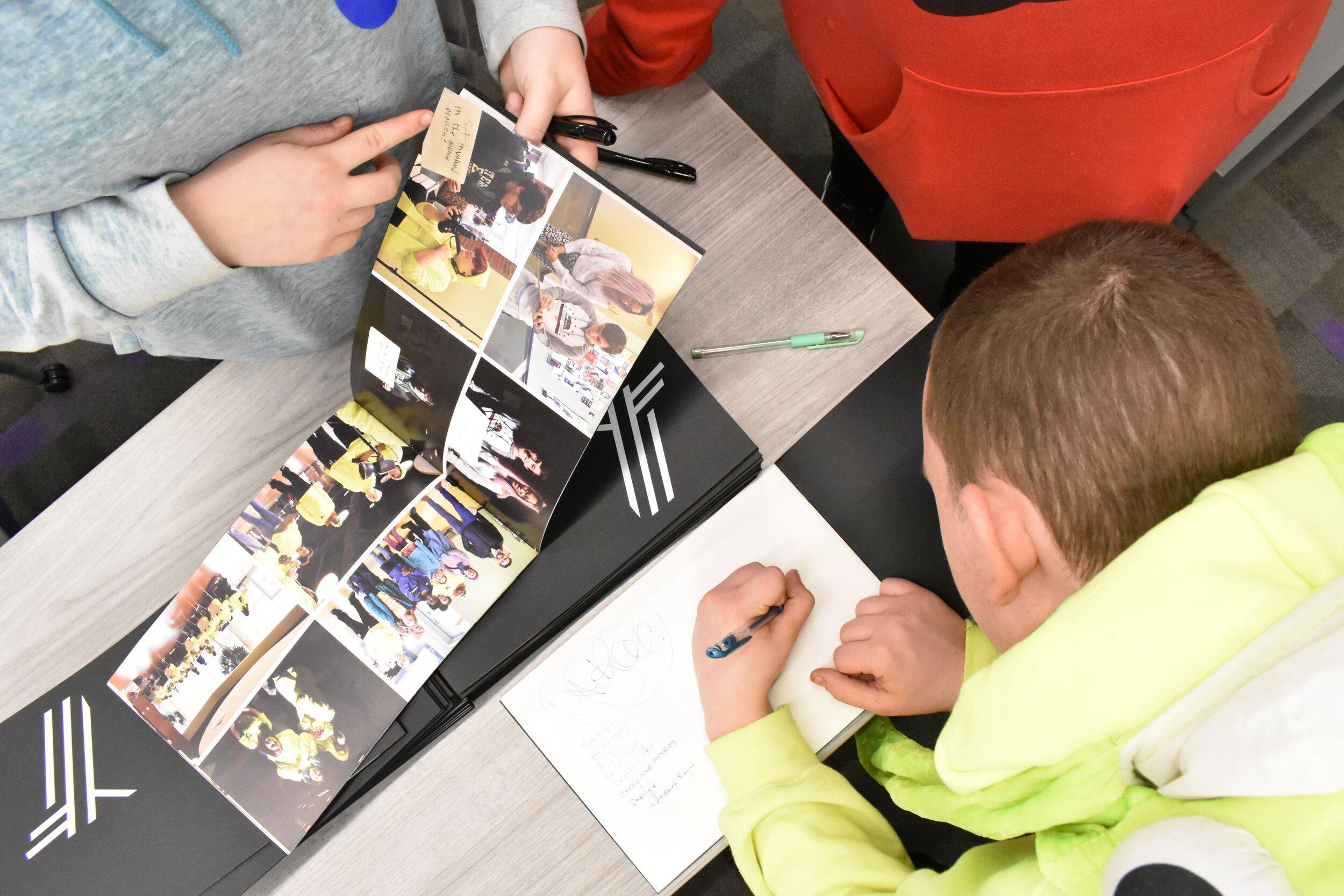 YFi autographs