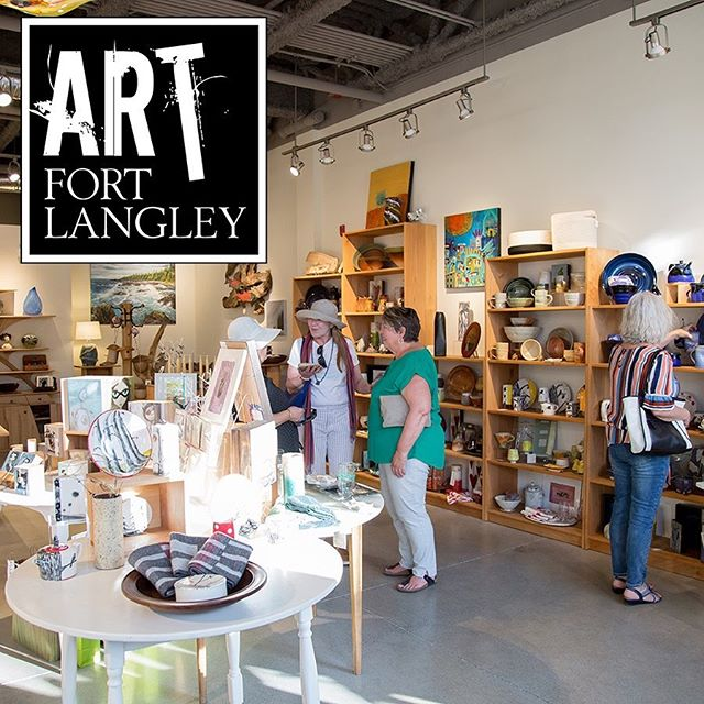 Mark your calendars for July 27th! That's the #fortlangleyjazzandartsfest weekend and #artfortlangley has collected 13 studios and galleries to take part in our Summer At Walk during the event. Art stops will be open from 11am-4pm Tour maps will be back from the printer soon so visit local shops and artists to pick one up or visit our website for more info. This photo is participating gallery @kizmit_gift_gallery where they have a wide selection of art and artists to view. : #artfortlangley #art #artists #artwalk #openstudios #galleries #studios #localart #community #fortlangley #fortlangleyjazzandartsfest #originalart #summerfun