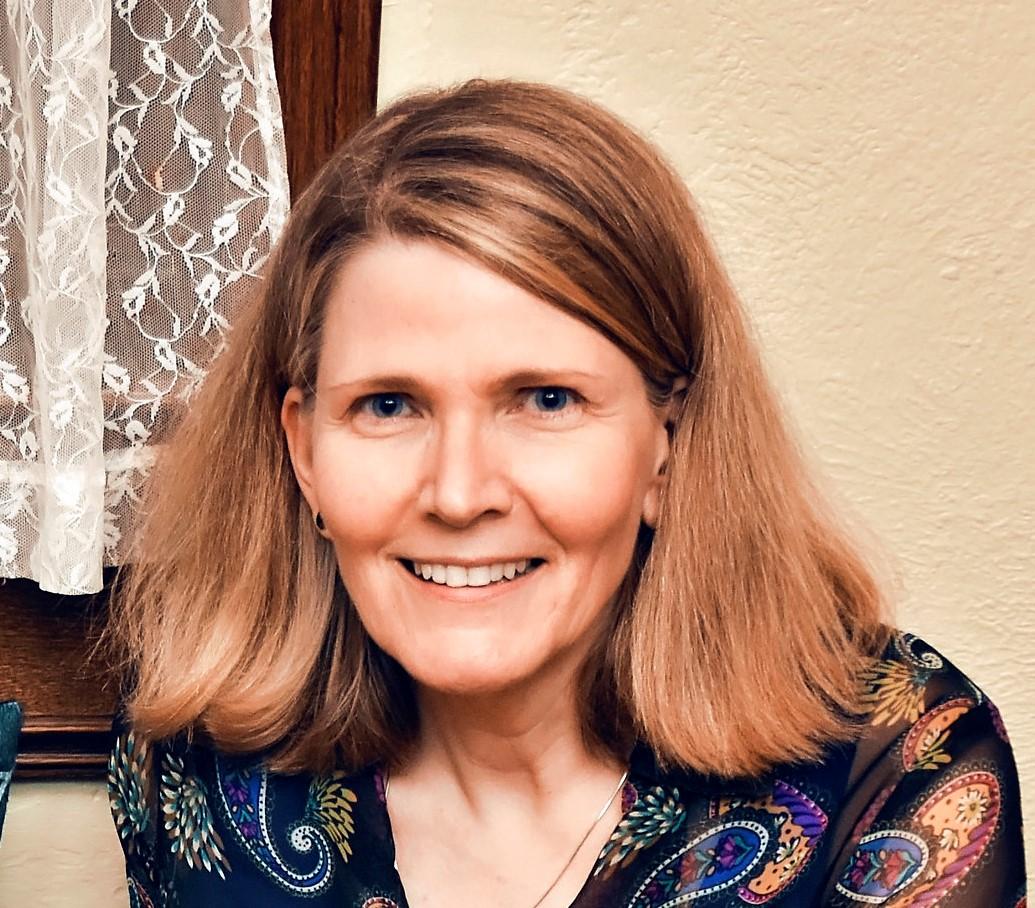 Karen George - KG's Creatives, Social Media & Facebook Ads Strategist & Manager
