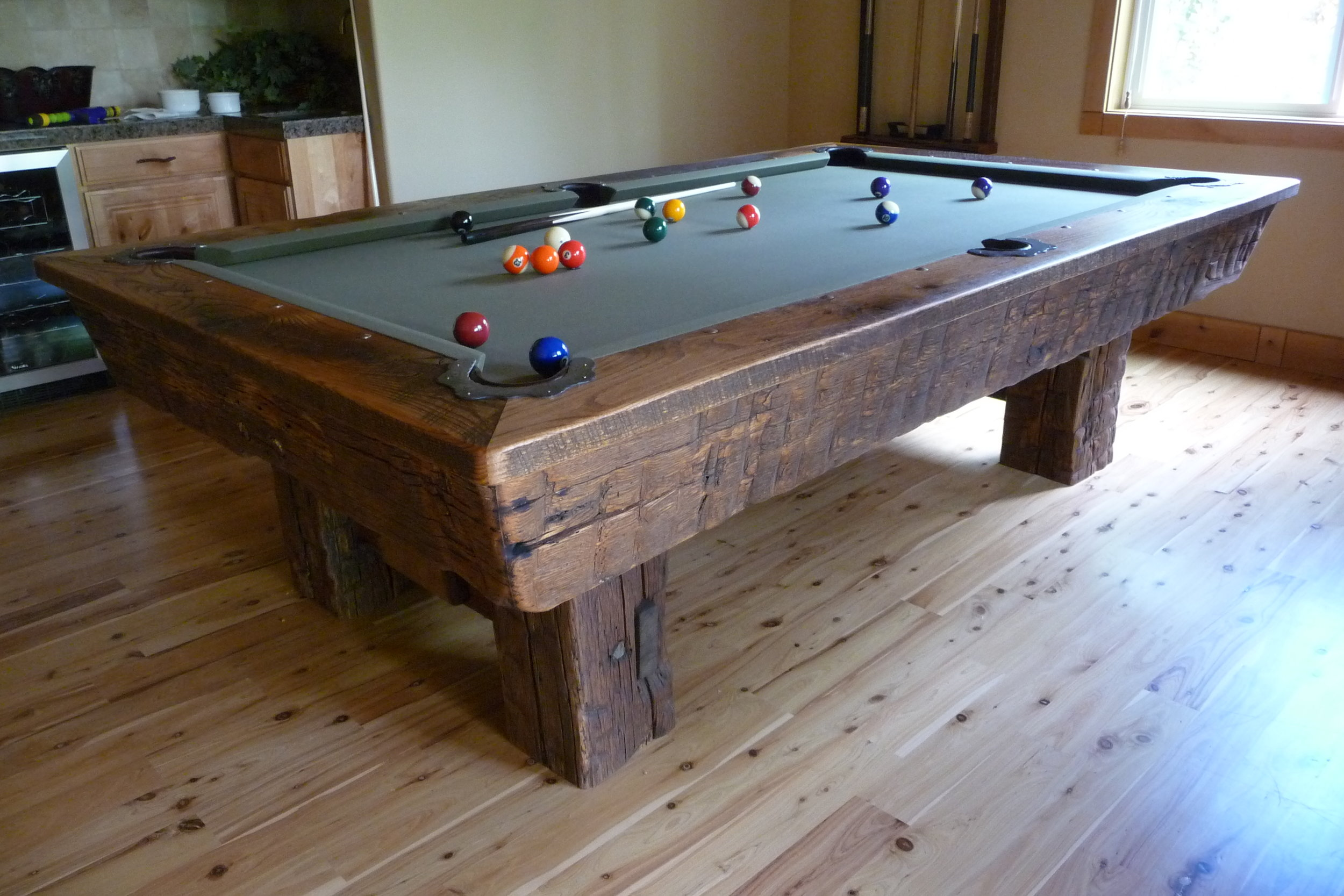 RECLAIMED TIMBER -
