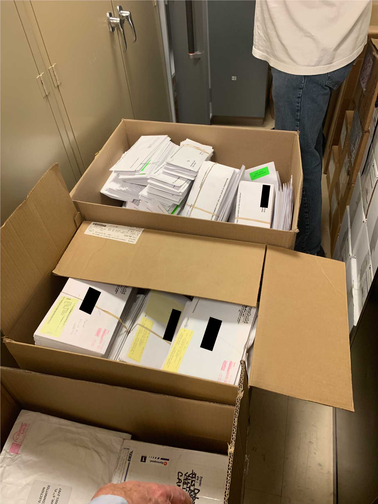 Last week I discovered that NewsGuild HQ had received more than 1,000 ballots (box below) that never made it to dues-paying members because of bad addresses. More than 2,000 ballots came back through the mail completed (box above). Member names are redacted for privacy.