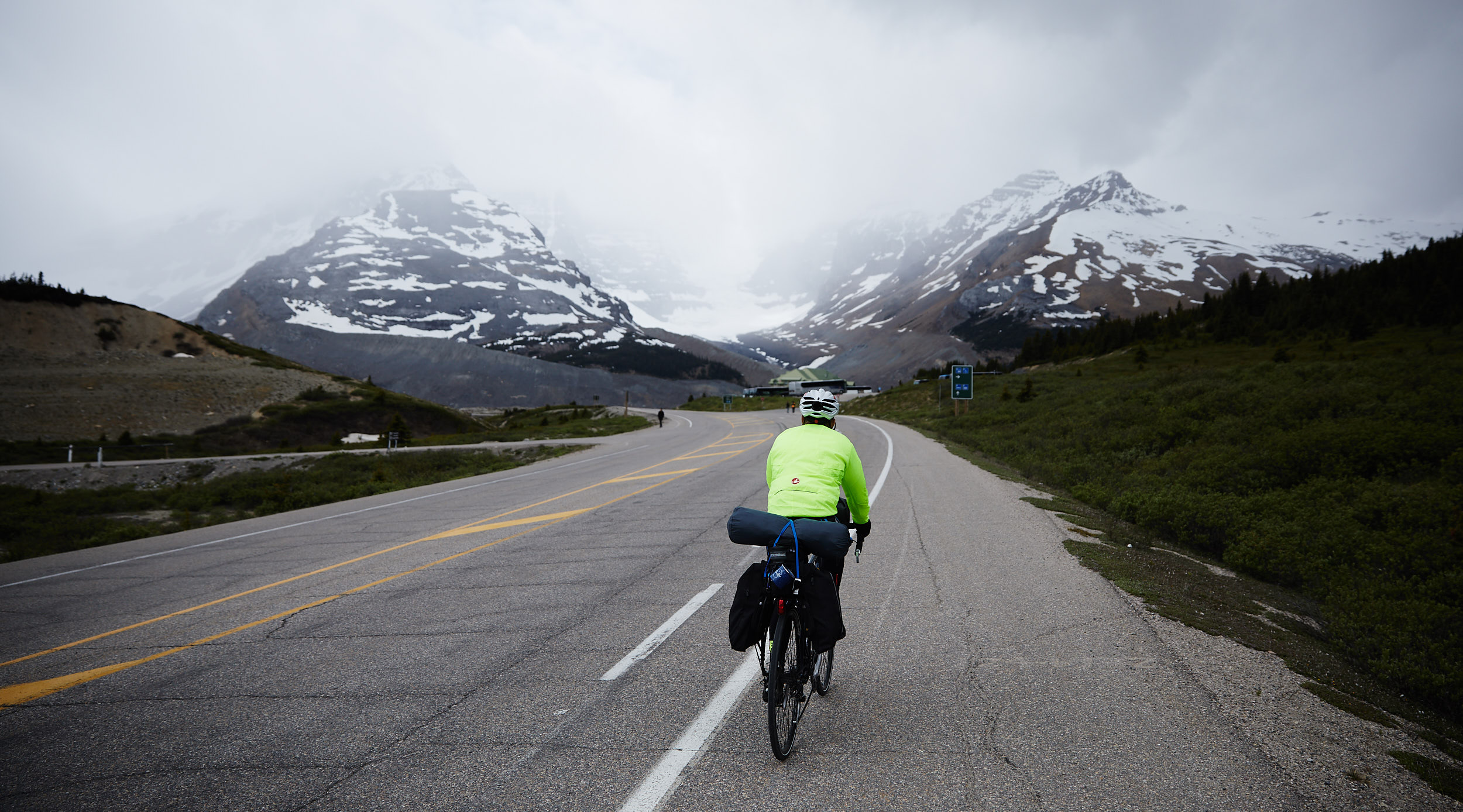 Icefields Parkway Cycle Tour - Lake Louise to Jasper 55.jpg