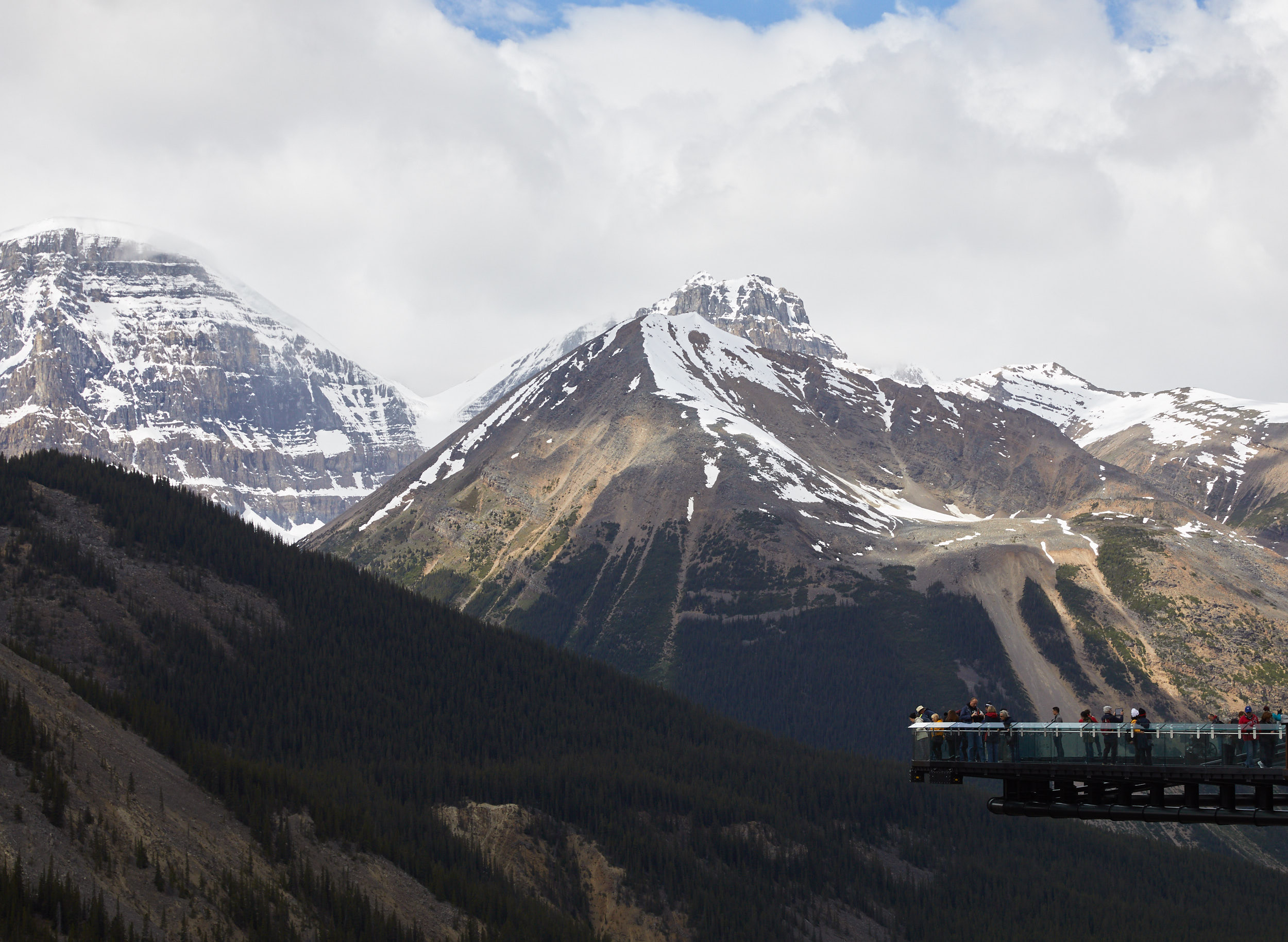 Icefields Parkway Cycle Tour - Lake Louise to Jasper 63.jpg