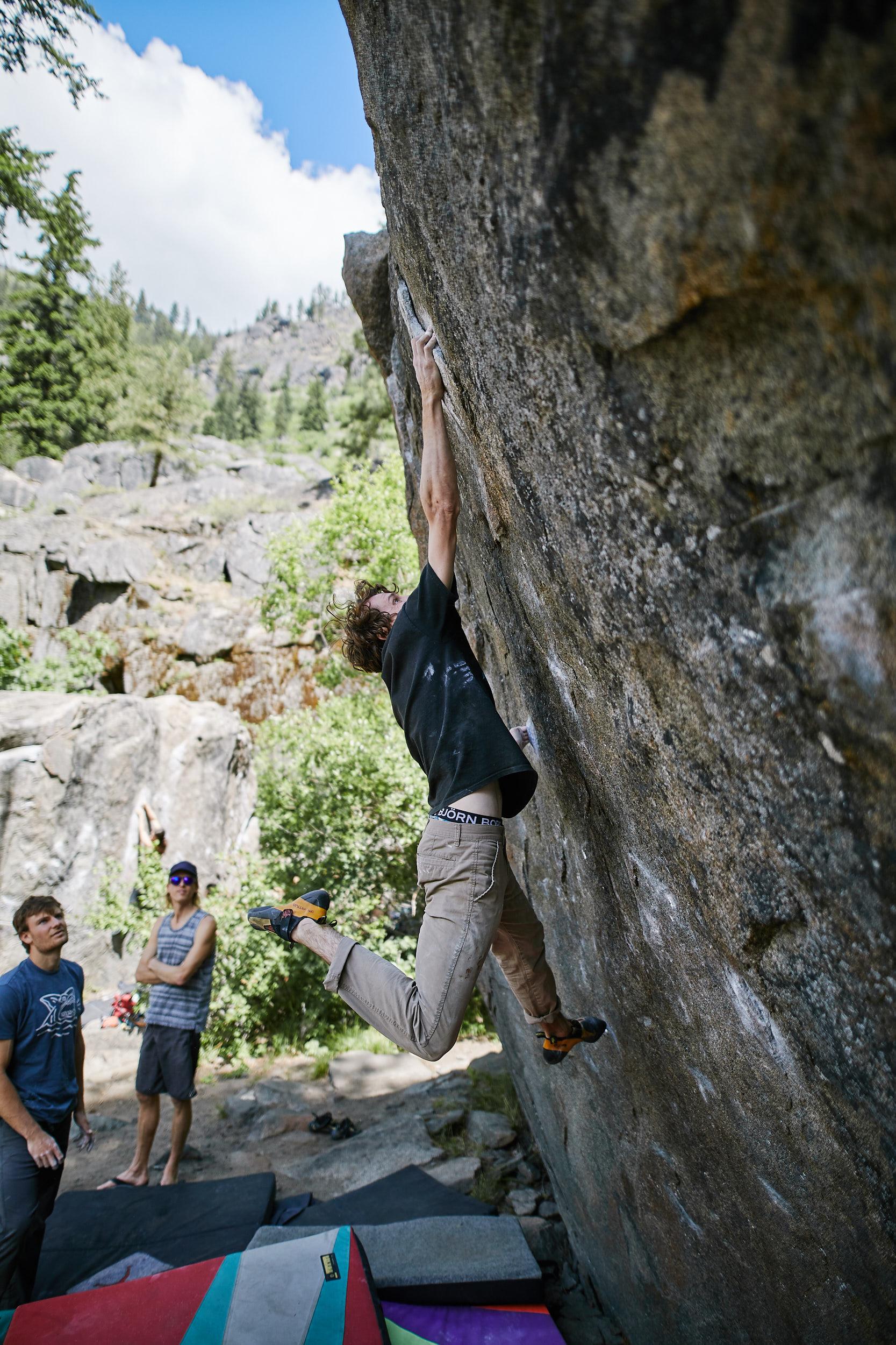 Bouldering in Leavenworth 25.jpg