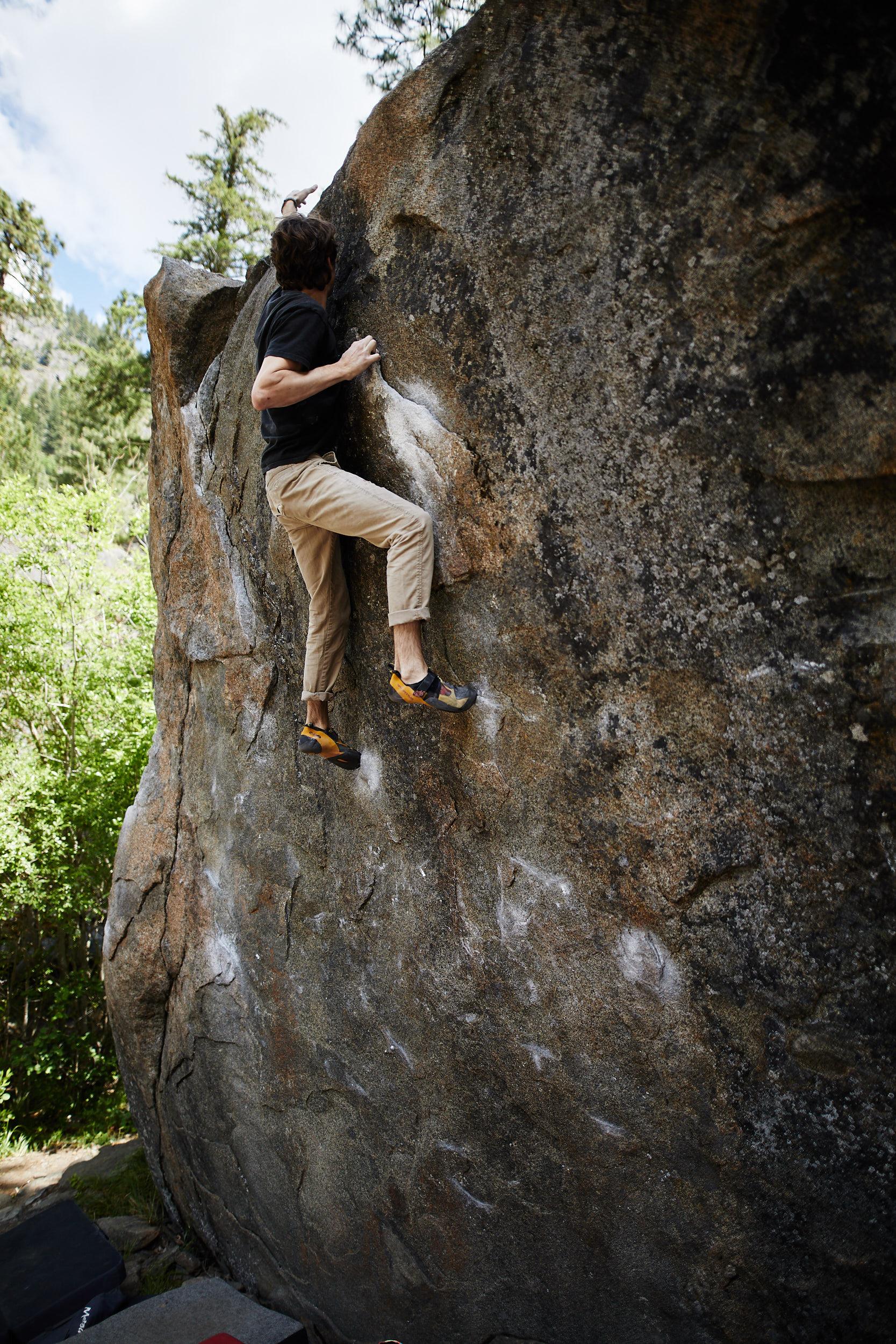 Bouldering in Leavenworth 26.jpg