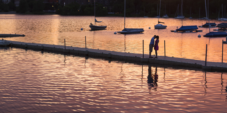 11-minneapolis-engagement-session-at-sunset.jpg