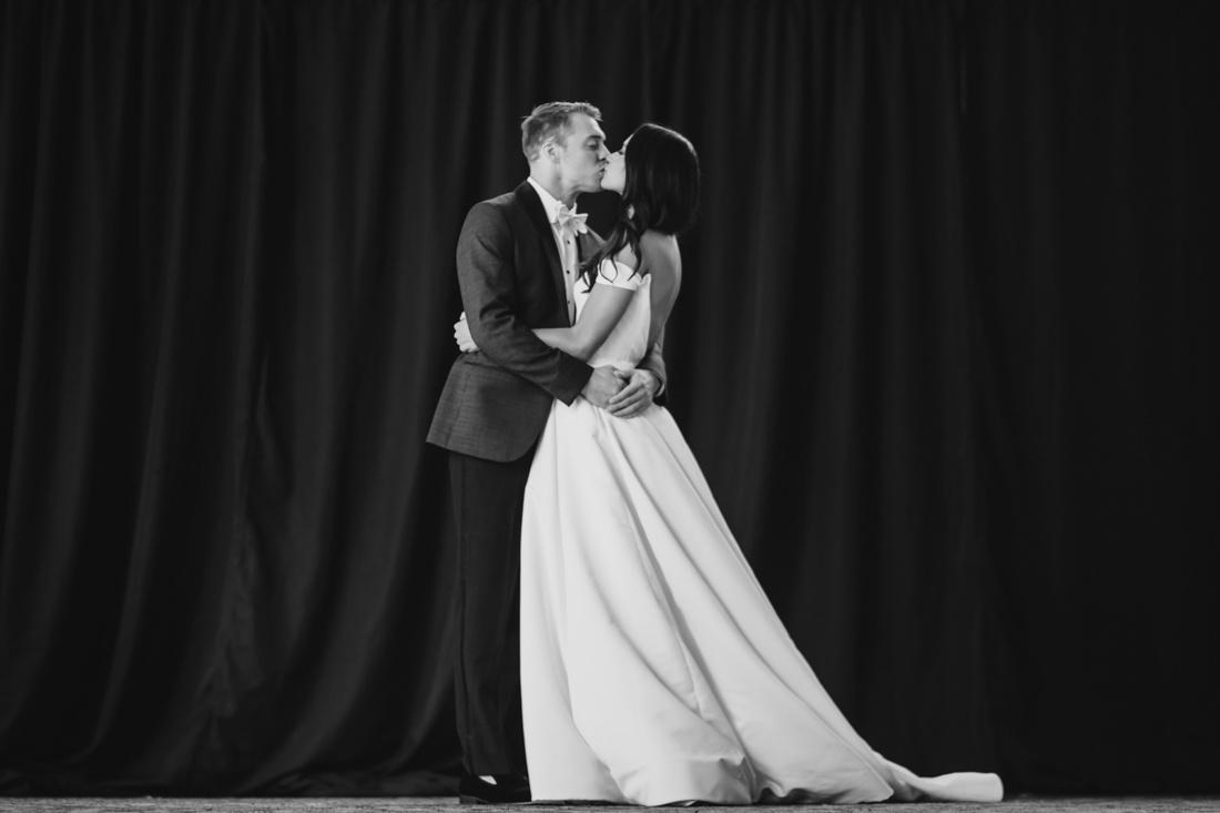 11_Minneapolis_Depot_Hotel_Wedding-1100x733.jpg