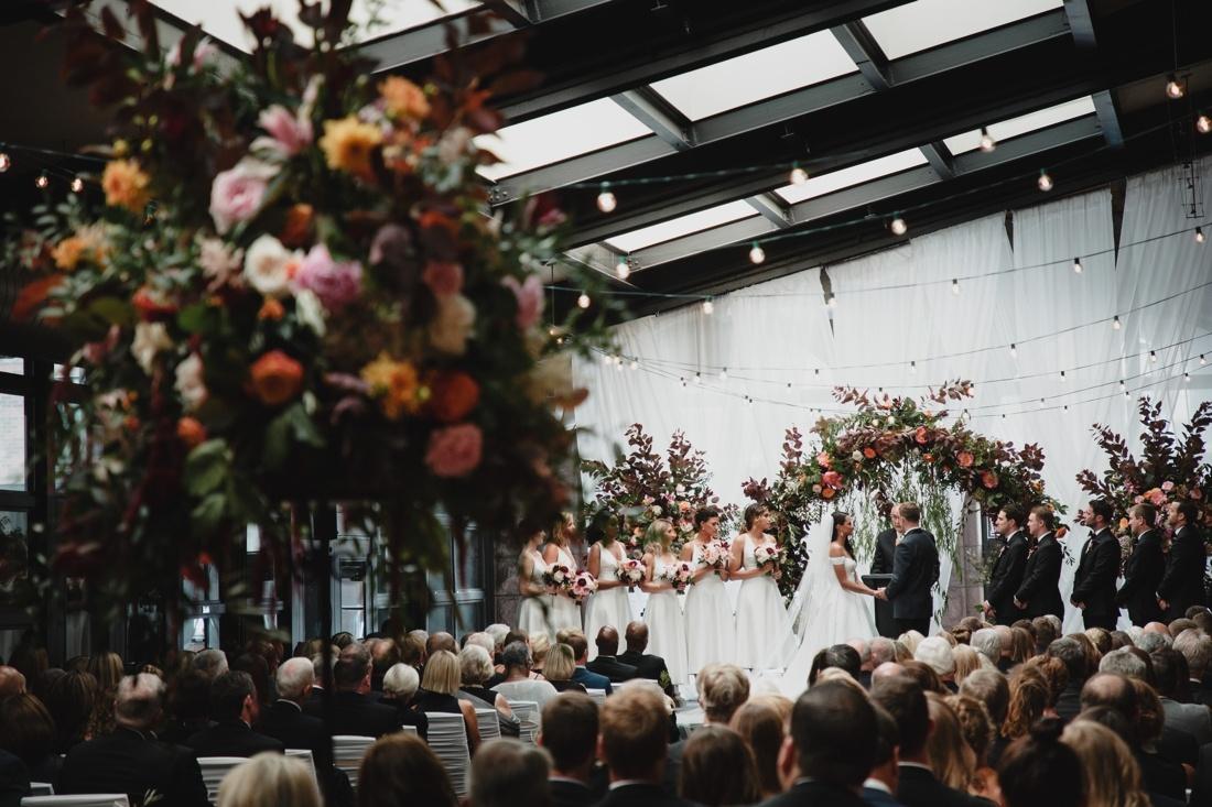 44_Minneapolis_Depot_Hotel_Wedding-1100x733.jpg