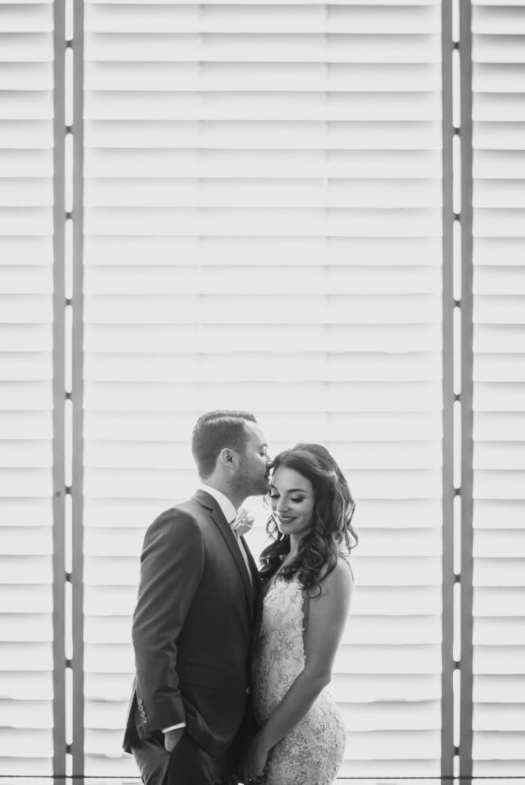 13_Minneapolis_Wedding_photographers-736x1100.jpg