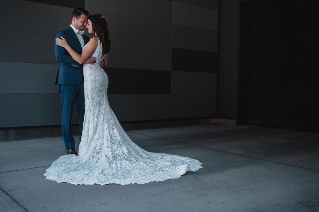 14_Minneapolis_Wedding_photographers-1100x733.jpg