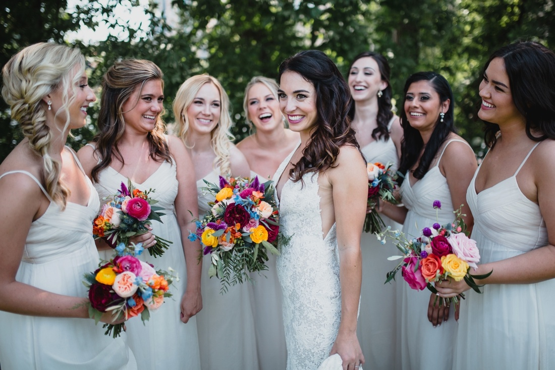 19_Minneapolis_Wedding_photographers-1100x733.jpg