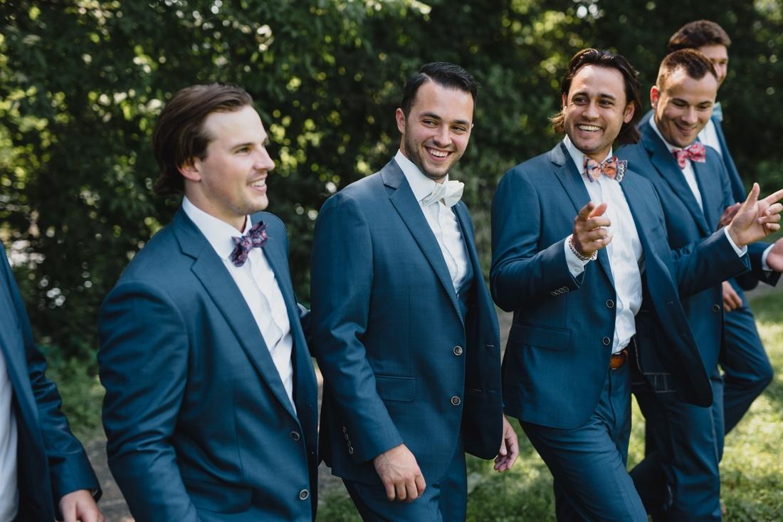 24_Minneapolis_Wedding_photographers-1100x733.jpg