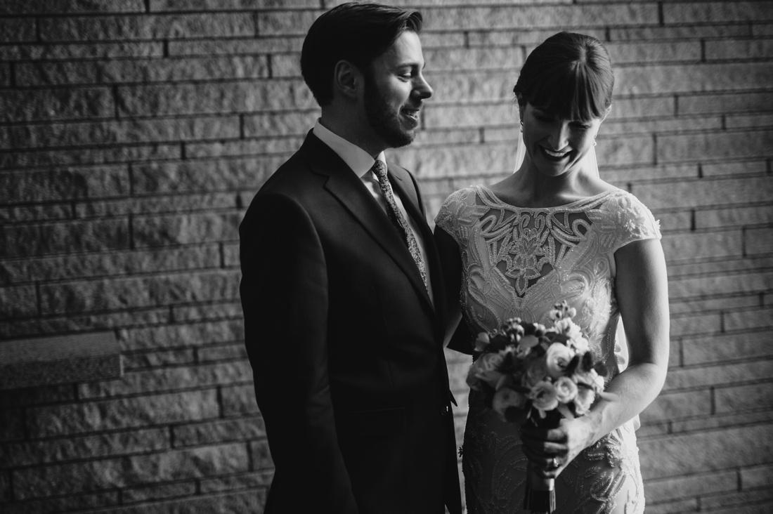 12_Minneapolis_Wedding_photographers-1100x732.jpg
