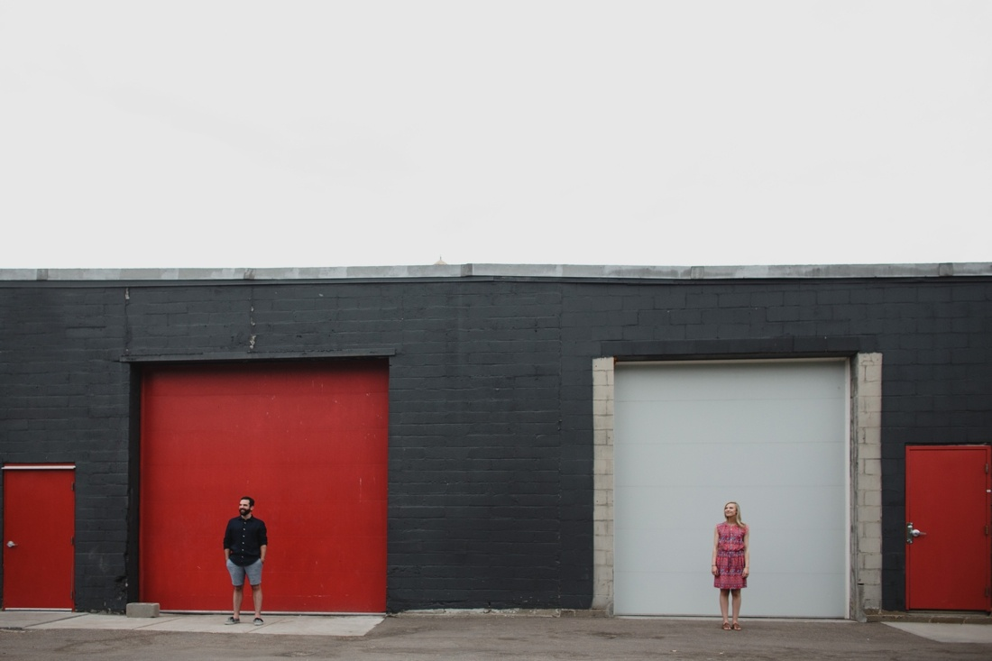 11_Minneapolis_engagement_photos-1100x733.jpg
