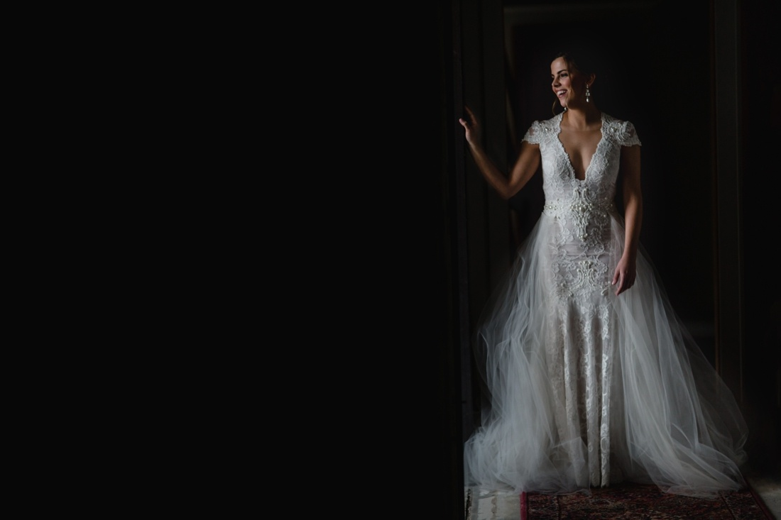 07_Minneapolis_Private_residence-Wedding_photos-1100x733.jpg