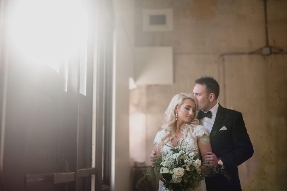 14_Minneapolis_aria_wedding_photography-1100x733.jpg