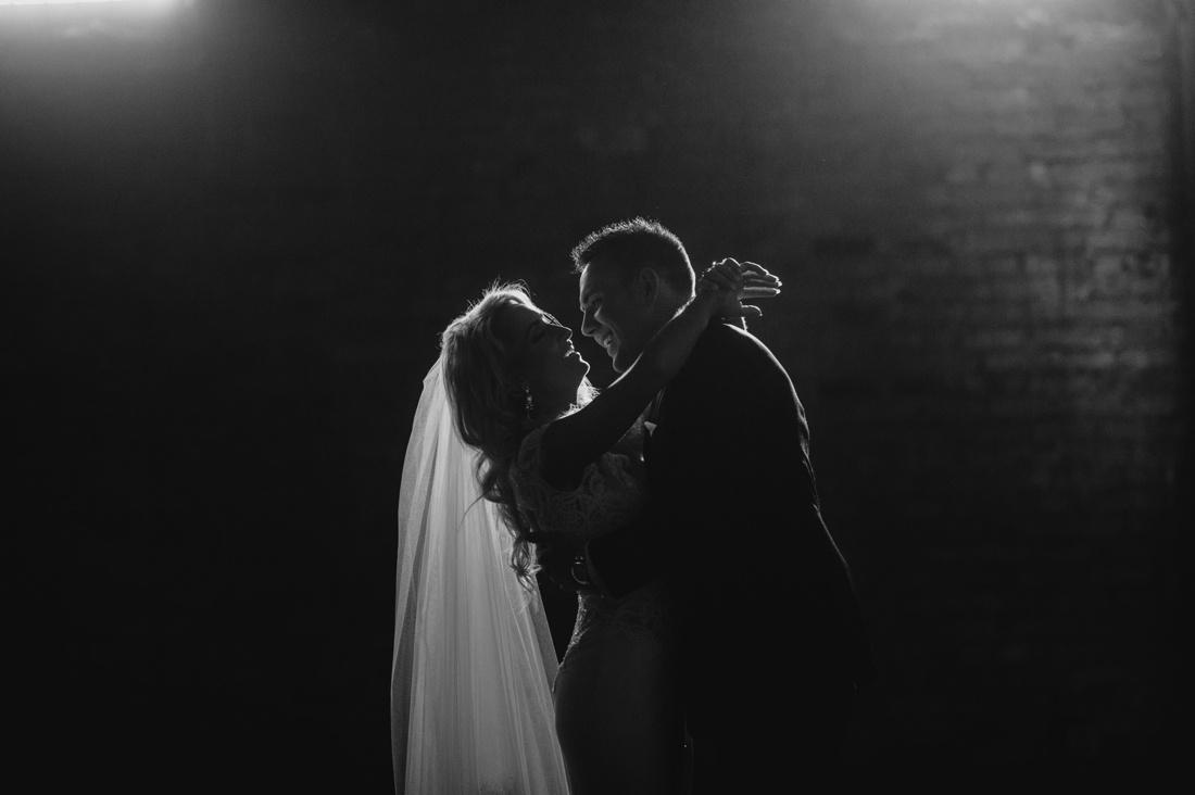21_Minneapolis_aria_wedding_photography-1100x732.jpg