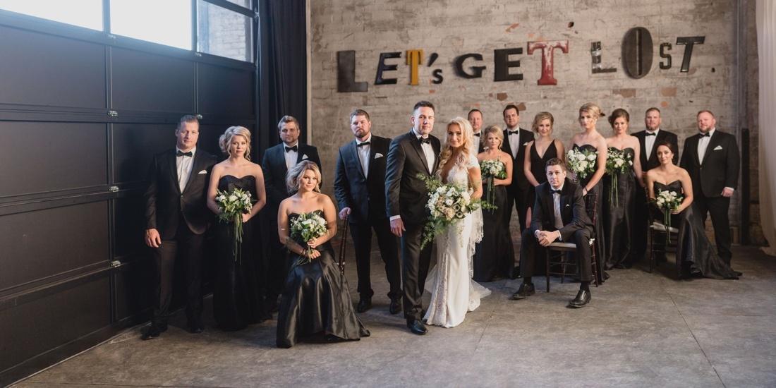29_Minneapolis_aria_wedding_photography-1100x550.jpg