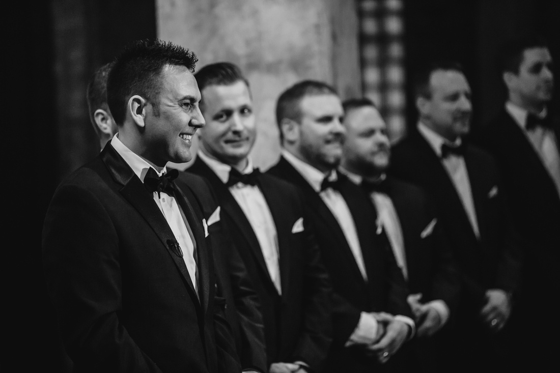32_Minneapolis_aria_wedding_photography-1100x733.jpg