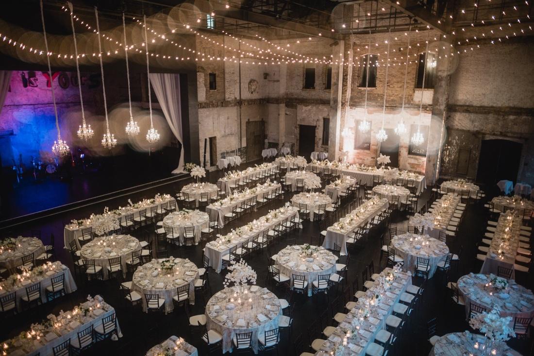 040_Minneapolis_Basilica_wedding-1100x733.jpg