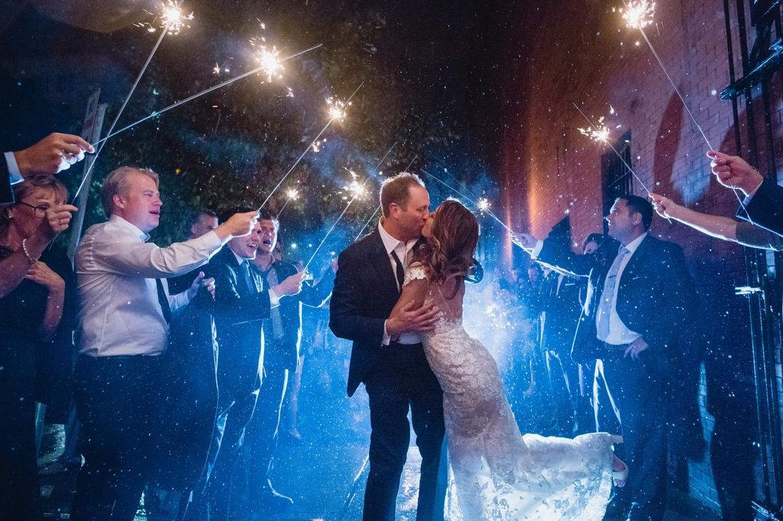 057_Minneapolis_Basilica_wedding-1100x733.jpg