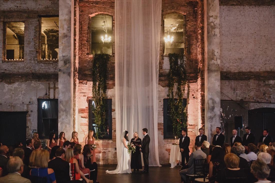 23_Aria_minneapolis_Wedding_photos-1100x733.jpg