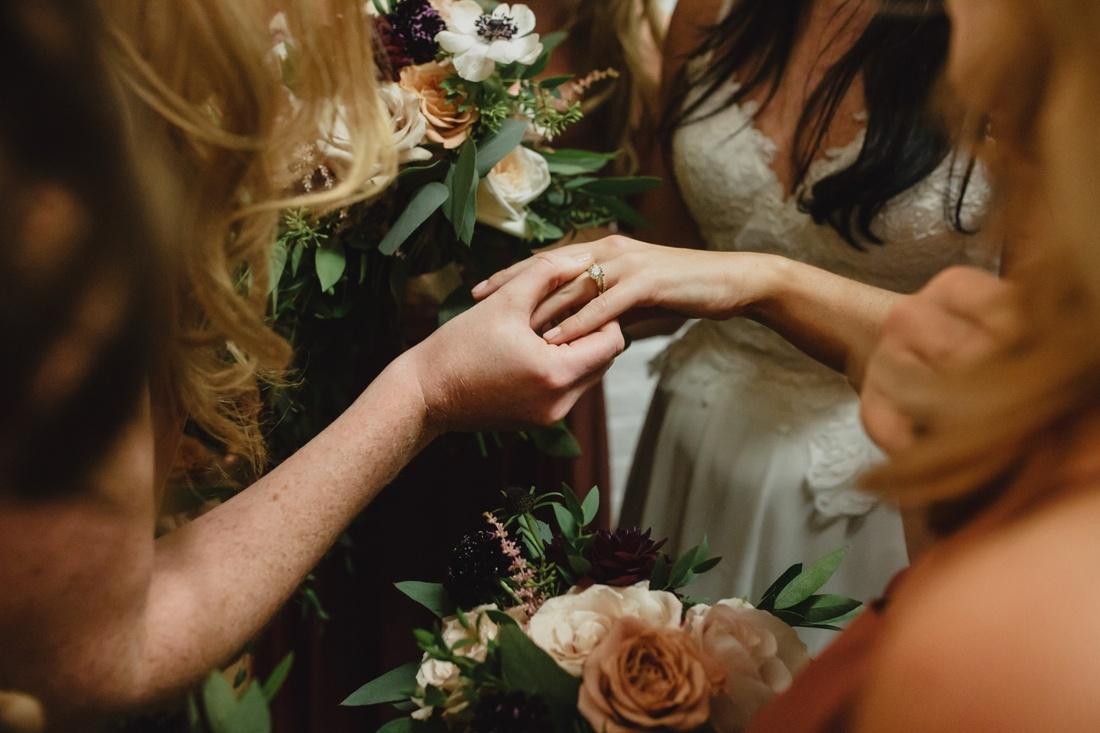 31_Aria_minneapolis_Wedding_photos-1100x733.jpg