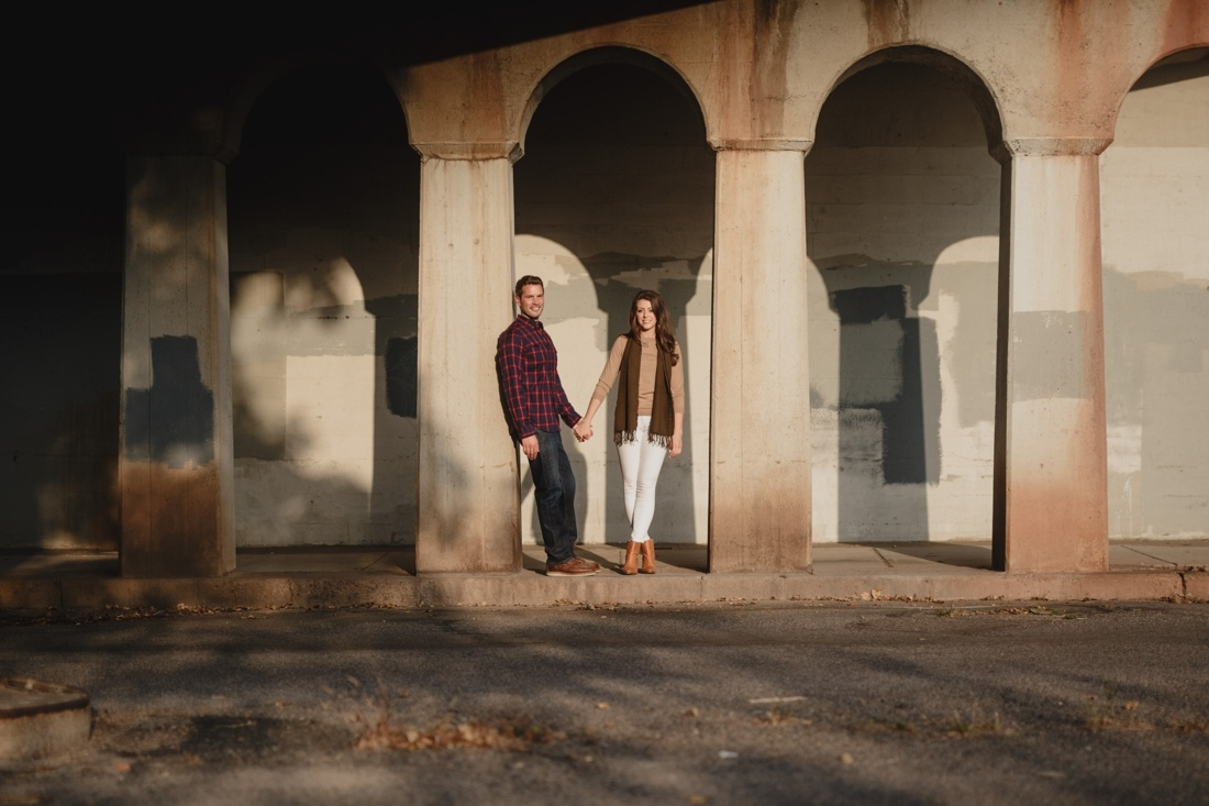 08_Minneapolis_engagement_session--1100x733.jpg