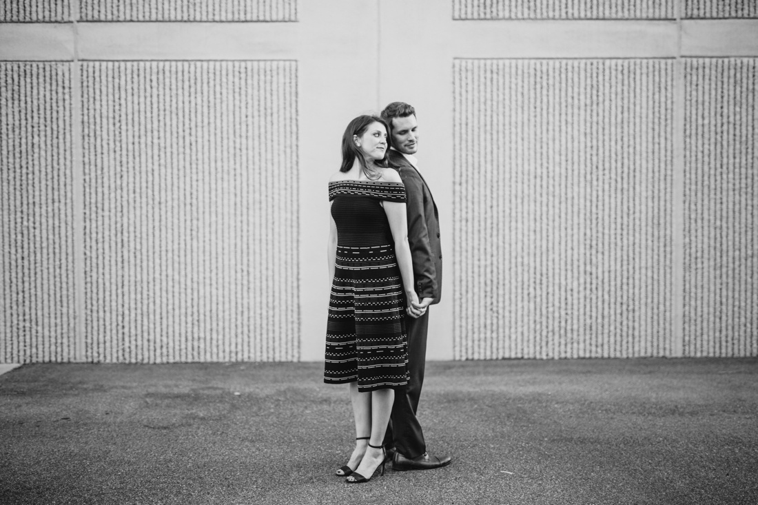 18_Minneapolis_engagement_session--1100x733.jpg