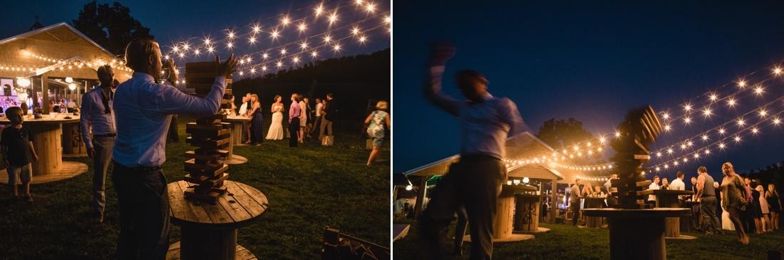 39_Minneapolis_wedding_Photographer_Barn_Wedding-1100x365.jpg