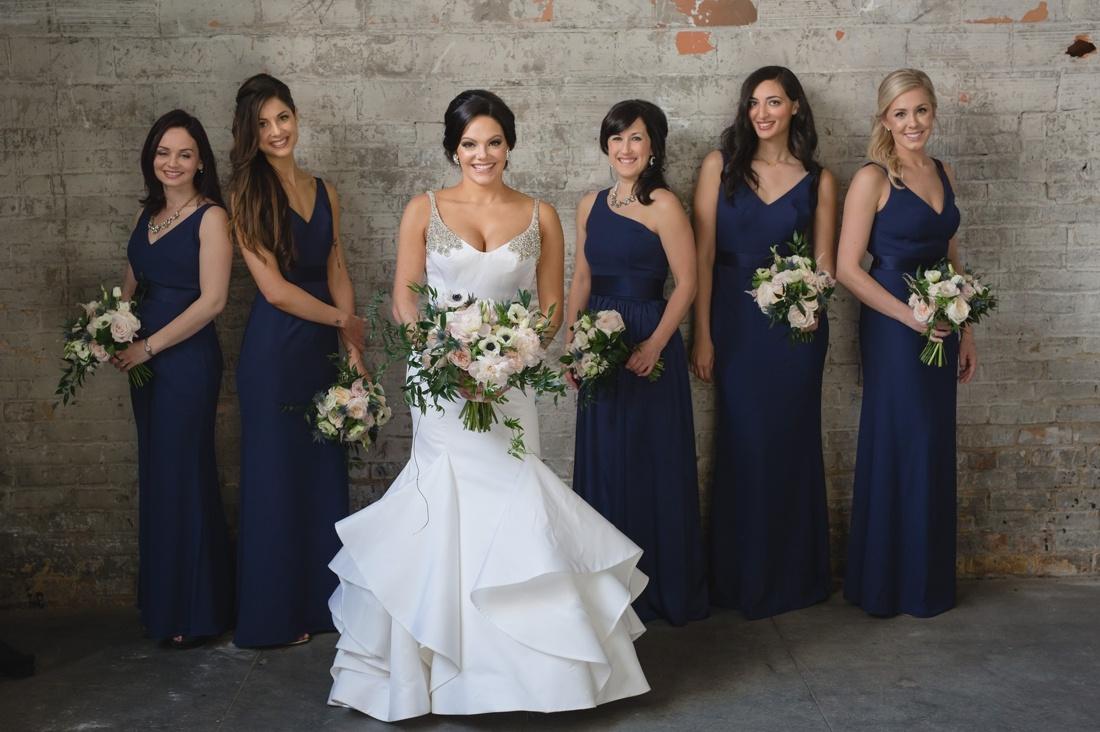 021_Minneapolis_Aria_wedding_photos-1100x732.jpg