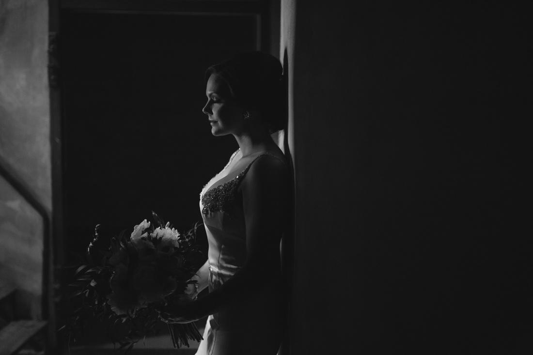 028_Minneapolis_Aria_wedding_photos-1100x733.jpg