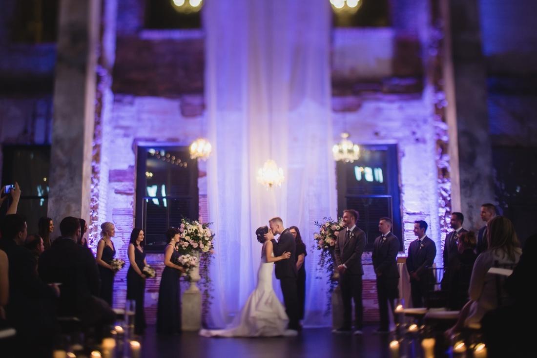 033_Minneapolis_Aria_wedding_photos-1100x733.jpg