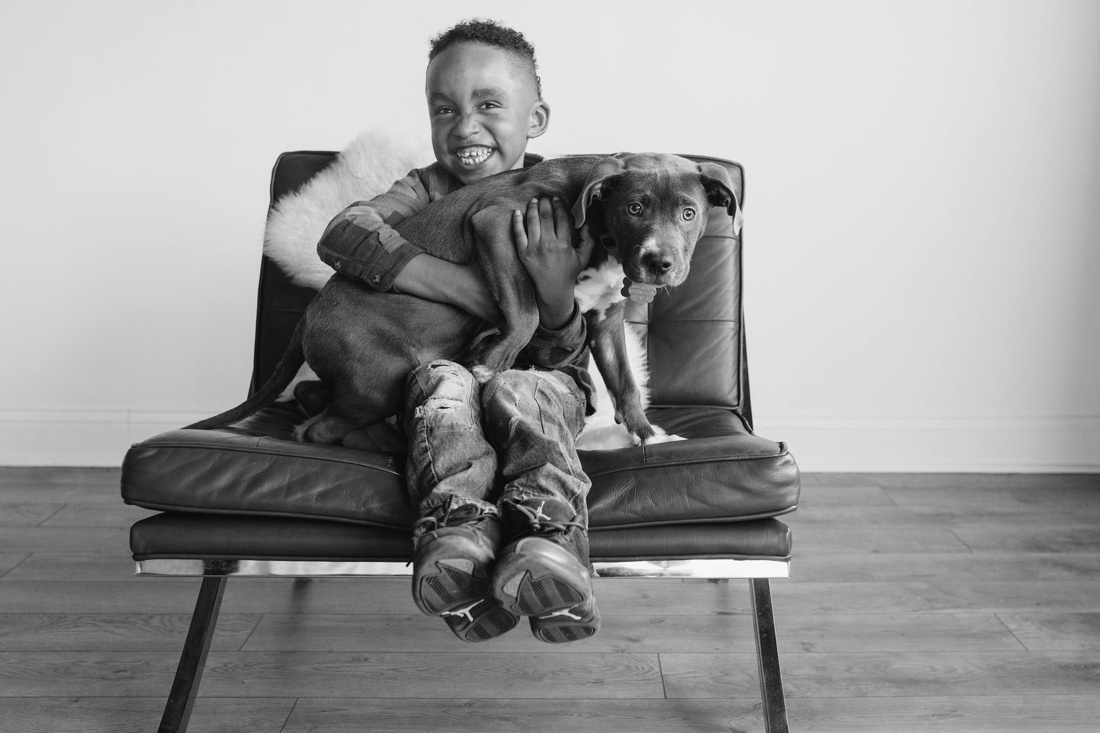 8_Minneapolis_puppy_family_photo_session-1100x733.jpg