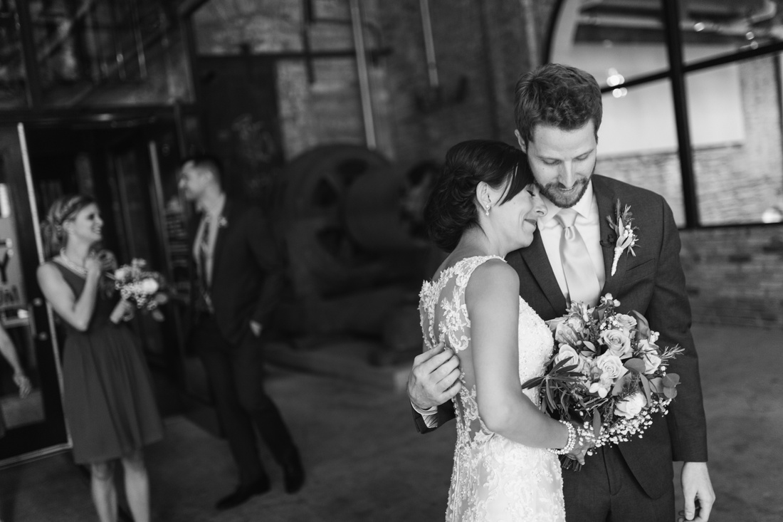 19_Mill_city_Wedding_photographer-1100x733.jpg