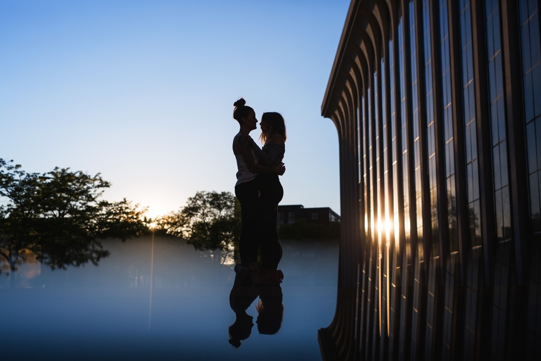 22_Minneapolis_engagement_Session-1100x733.jpg