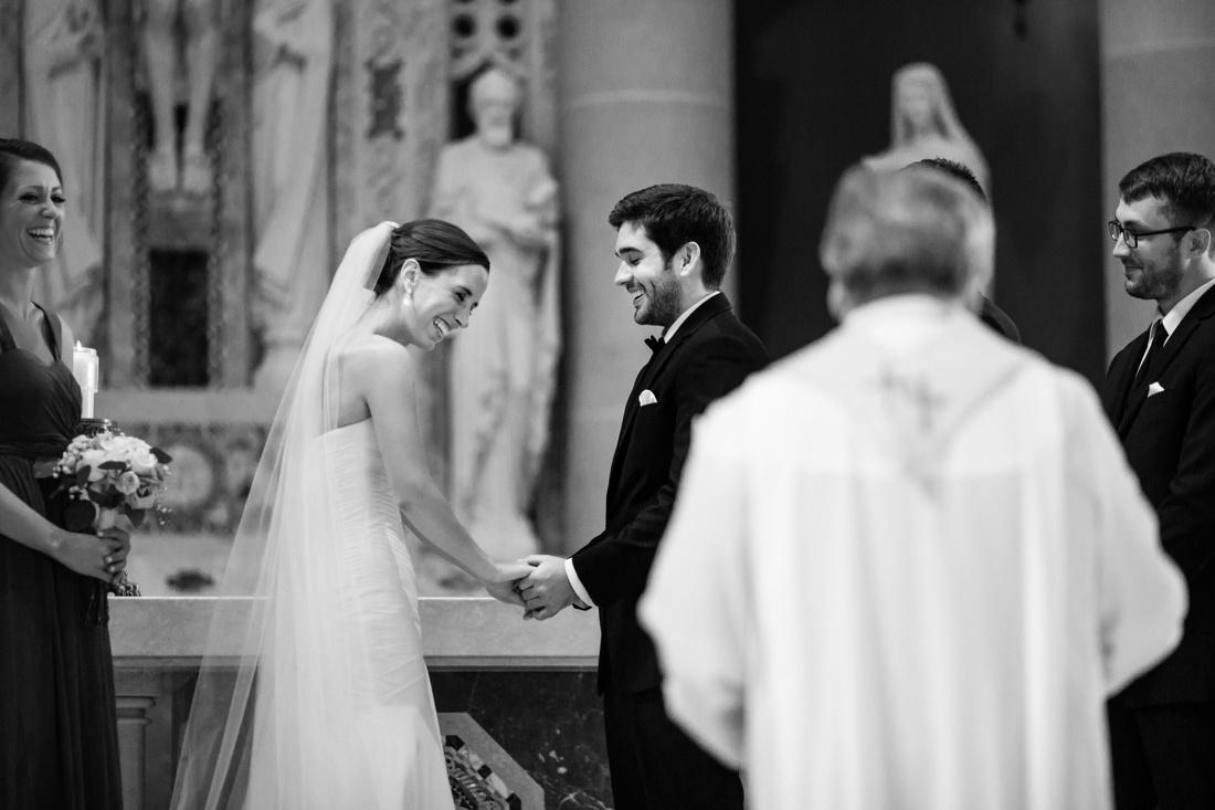 25_St_paul_wedding_photographer-1100x733.jpg