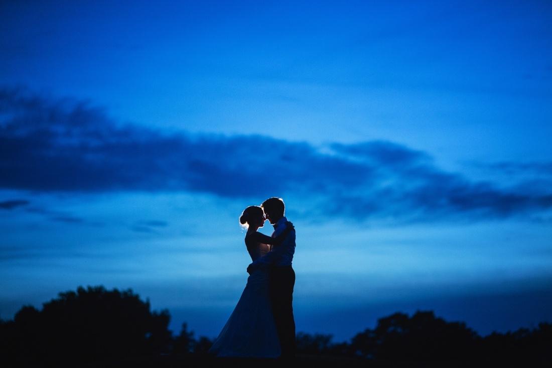 36_St_paul_wedding_photographer-1100x733.jpg
