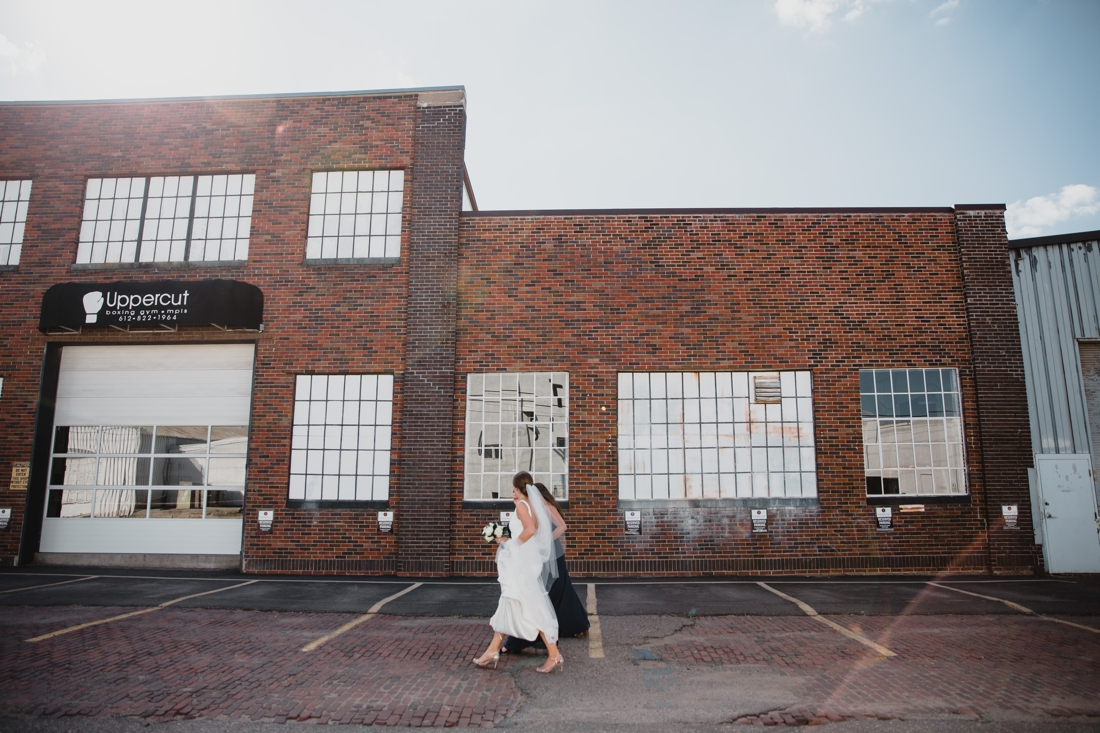 032_Minneapolis_chowgirls_solar_arts_Wedding.jpg