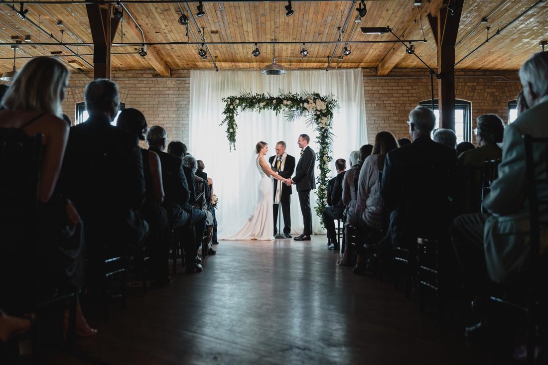 039_Minneapolis_chowgirls_solar_arts_Wedding.jpg