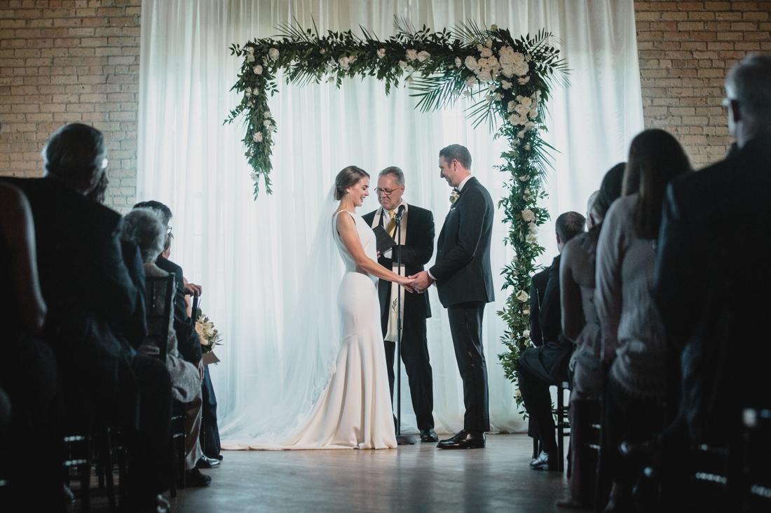 041_Minneapolis_chowgirls_solar_arts_Wedding.jpg