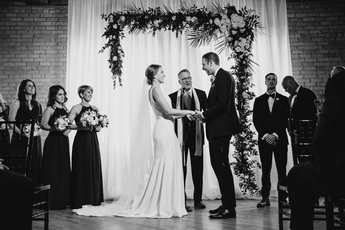 048_Minneapolis_chowgirls_solar_arts_Wedding.jpg