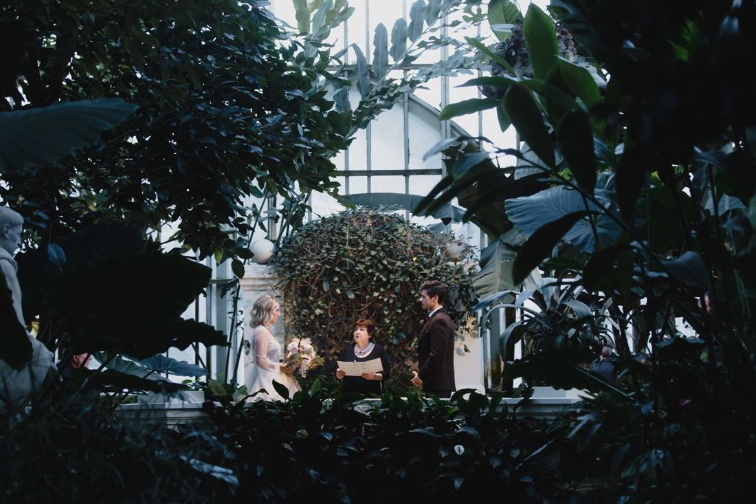 38_St_Paul_Winter_Wedding_como_conservatory.jpg