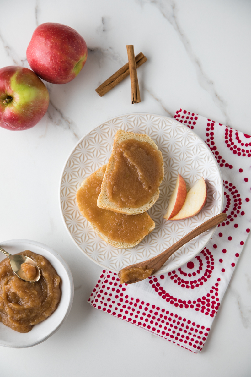 Apple Butter | The Handmade Mama   Styling by Mary Helen Leonard | Photography by Kimberly Davis | Spring House Press 2018