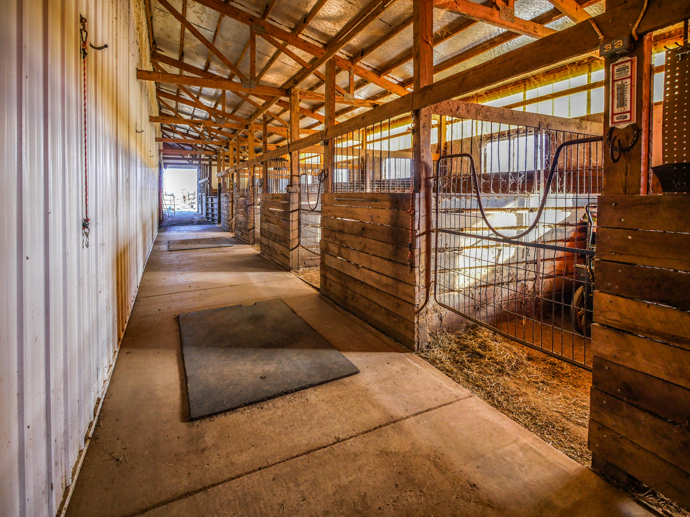 Stables - We offer boarding services, feeding, indoor arena, outdoor pasture, and more…